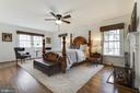 Main Level Master Suite - 8511 CATHEDRAL FOREST DR, FAIRFAX STATION