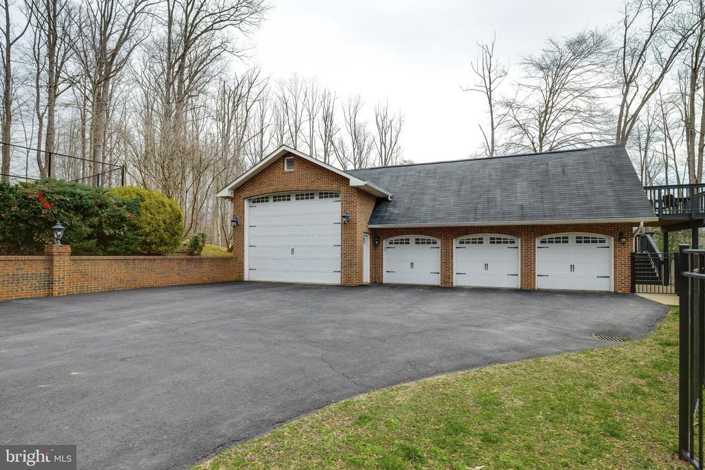 Detached Garage - 8511 CATHEDRAL FOREST DR, FAIRFAX STATION