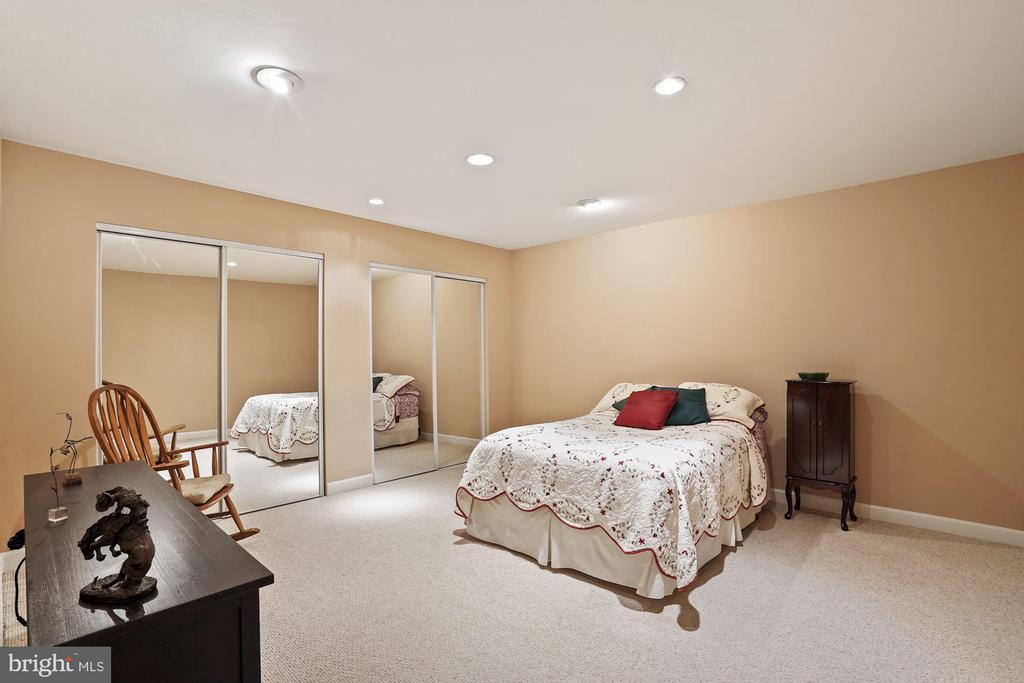 Possible 4th bedroom/in-law suite - 10104 FARR OAK PL, FAIRFAX