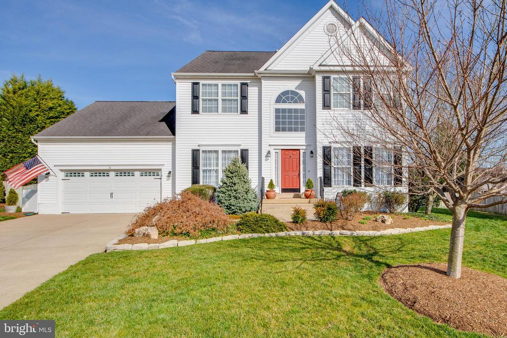 Welcome to your new home! - 18 BASKET CT, STAFFORD