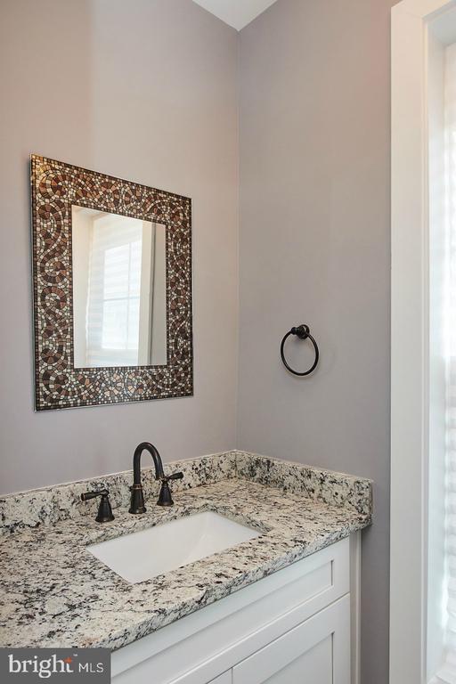 Remodeled Half Bathroom - 70 N LAYCOCK ST, HAMILTON