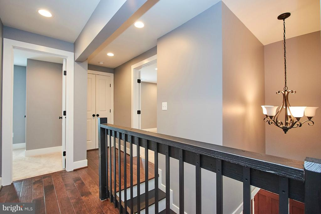 Upper Hallway with WIde Plank Hardwood Floors - 70 N LAYCOCK ST, HAMILTON