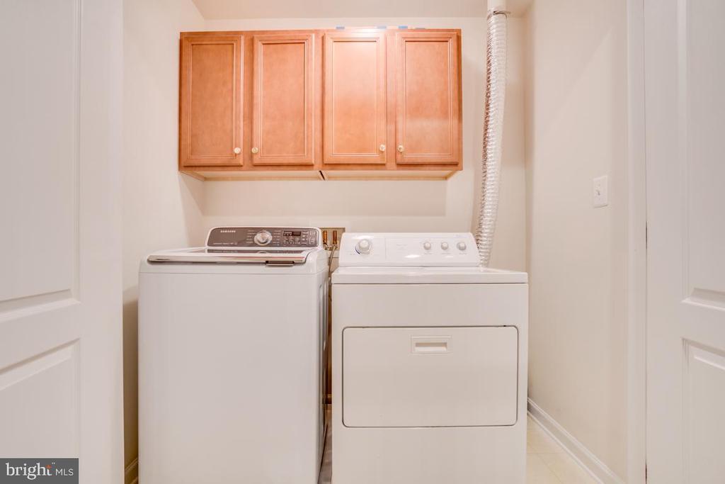 Upper level laundry - 20038 NORTHVILLE HILLS TER, ASHBURN