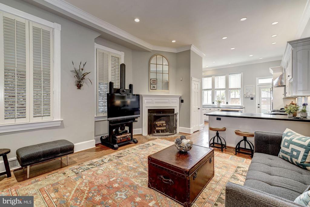 Family Room/Kitchen - 3315 O ST NW, WASHINGTON