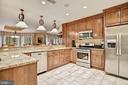 Secondary Full Kitchen in Lower LVL - 896 ALVERMAR RIDGE DR, MCLEAN