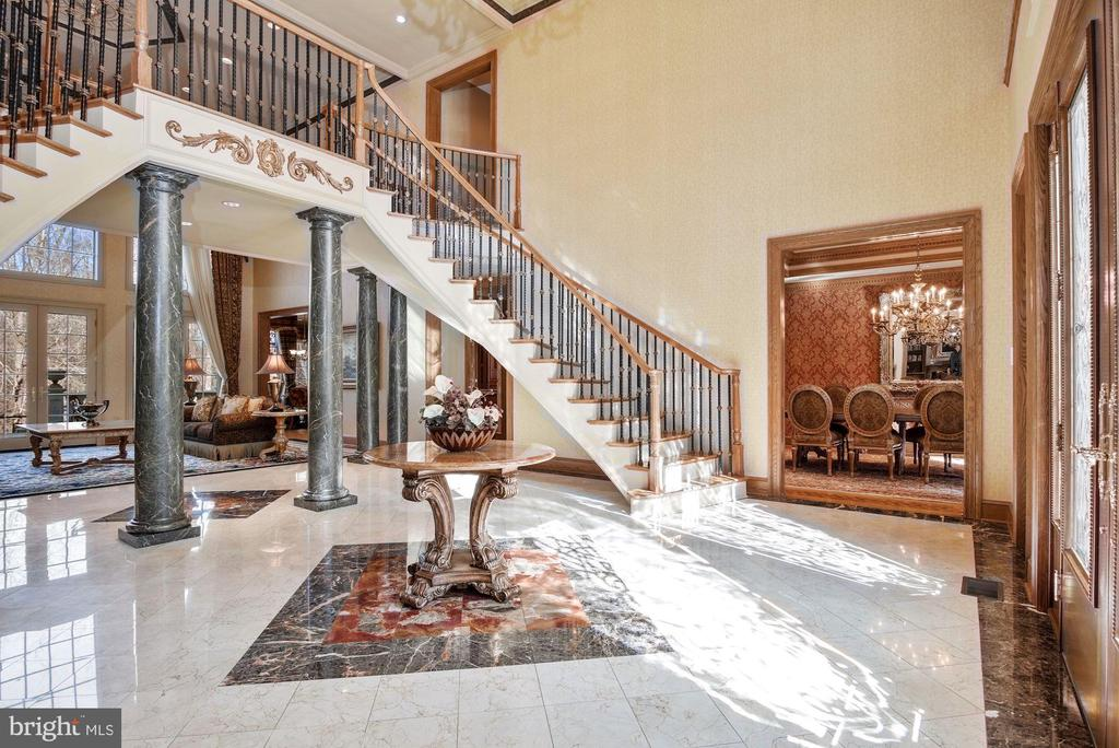 Sided by Formal Dining and Library - 896 ALVERMAR RIDGE DR, MCLEAN