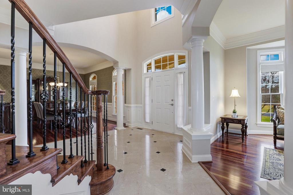 Entryway - 27651 EQUINE CT, CHANTILLY