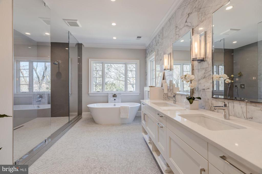 Beautifully appointed  owner's bath - 4909 FALSTONE AVE, CHEVY CHASE