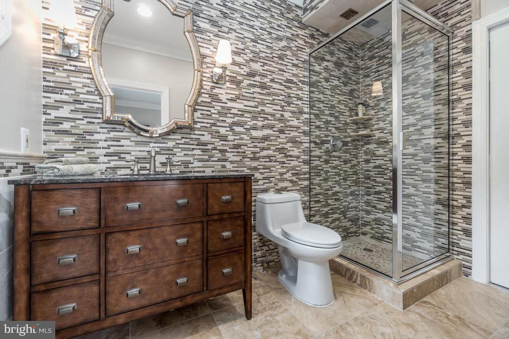 Gorgeous Bath with Custom Tile & Marble Floors - 10810 PERRIN CIR, SPOTSYLVANIA