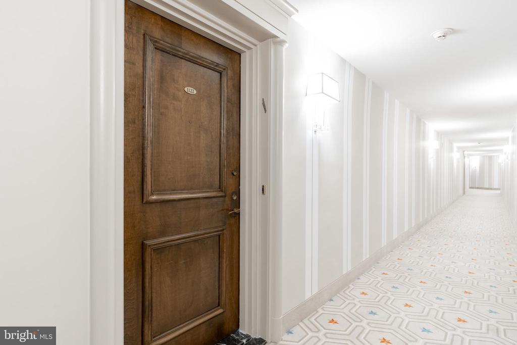 Elegant hallways lead to the unit - 2801 NEW MEXICO AVE NW #1122, WASHINGTON