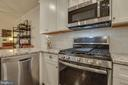 Stainless Steel Appliances - 23290 MILLTOWN KNOLL SQ #106, ASHBURN