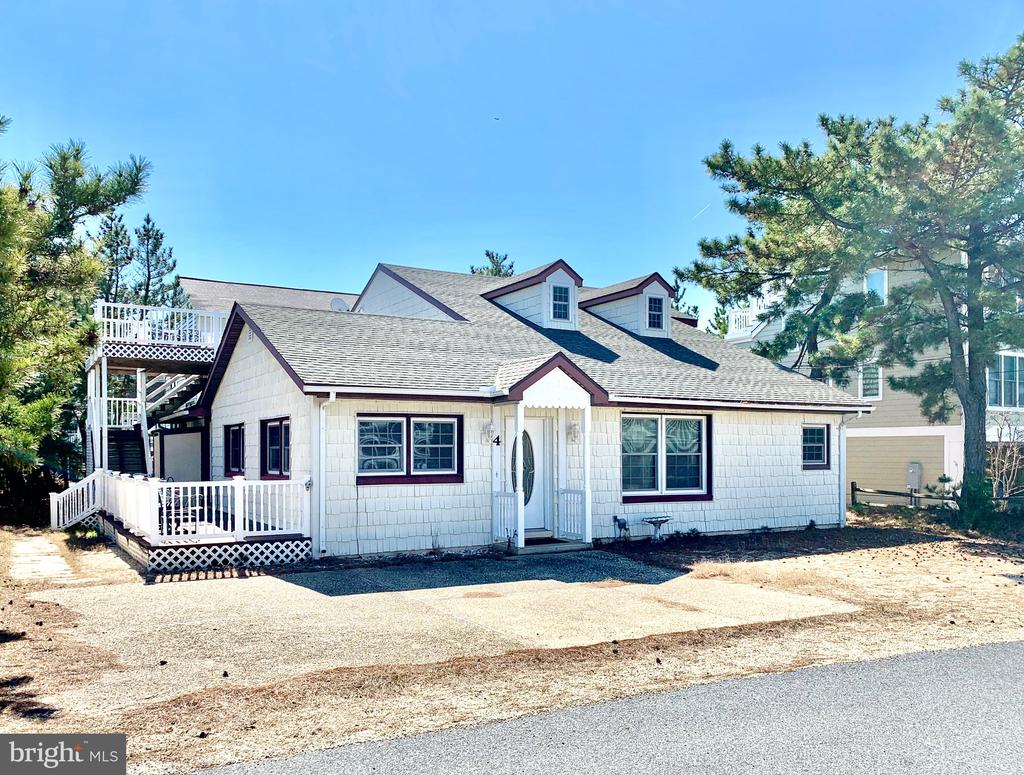 4 N 1ST ST,South Bethany,DE 19930