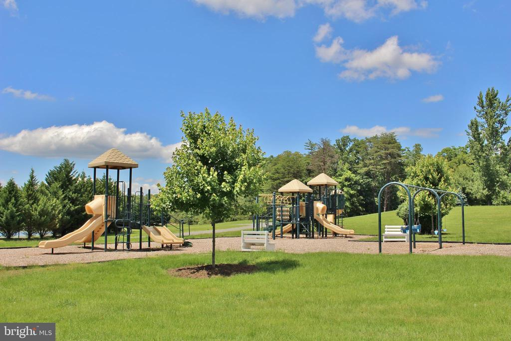 Fawn Lake Tot Lot and Playgrounds - 10810 PERRIN CIR, SPOTSYLVANIA