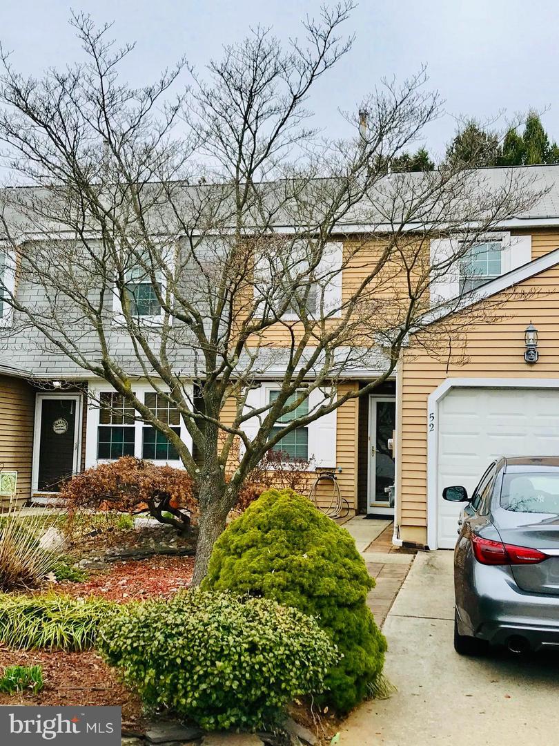 Single Family Homes por un Venta en 52 RIVER BANK Drive Roebling, Nueva Jersey 08554 Estados Unidos