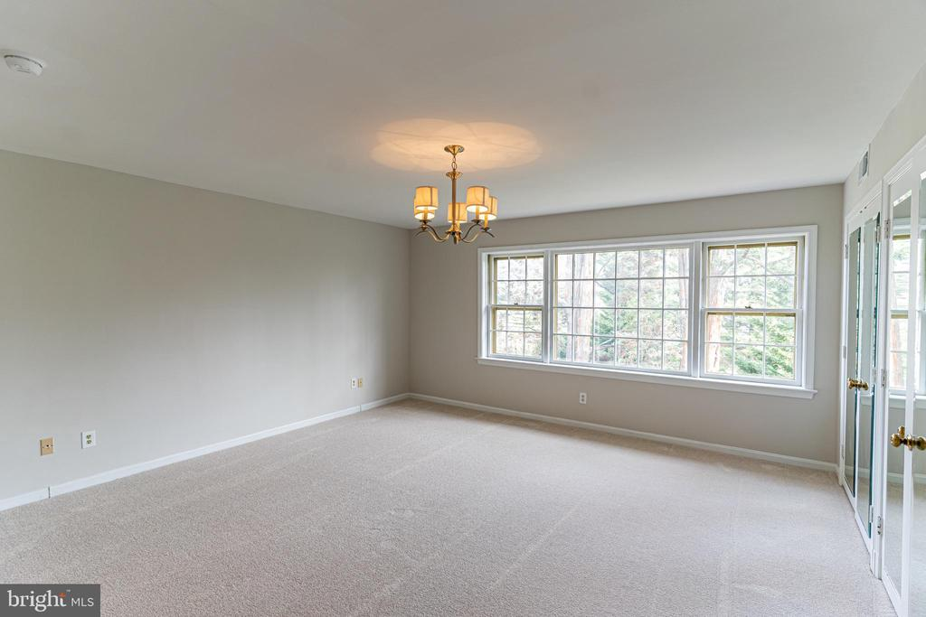 Owner's Suite with Plenty of Closet Space - 10927 WICKSHIRE WAY #K-3, ROCKVILLE