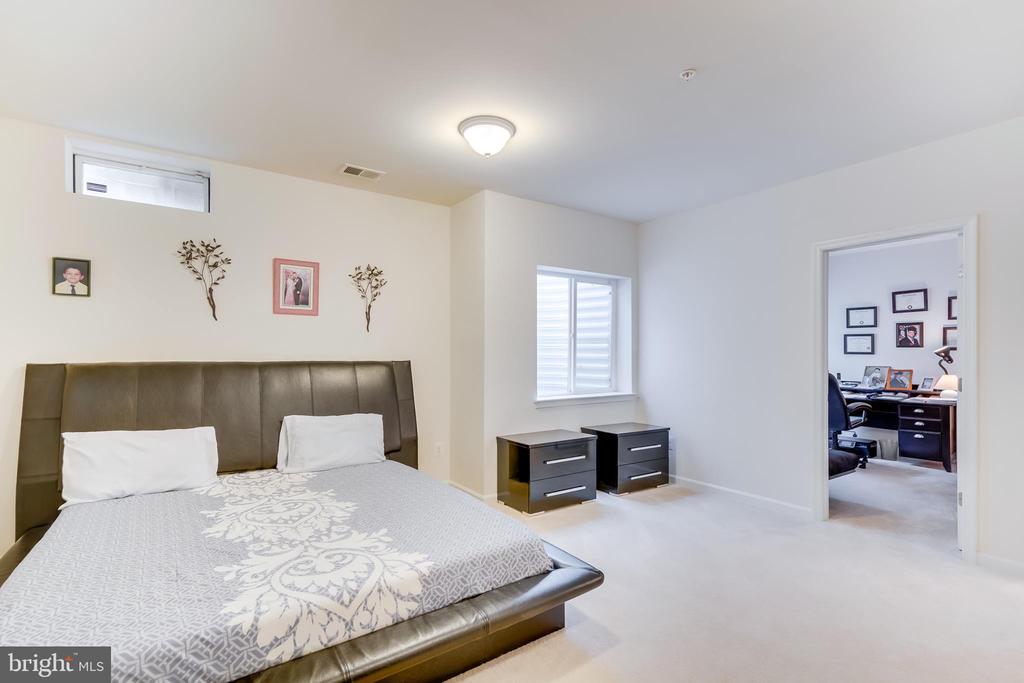 Additional Basement Bedroom - 3499 EAGLE RIDGE DR, WOODBRIDGE