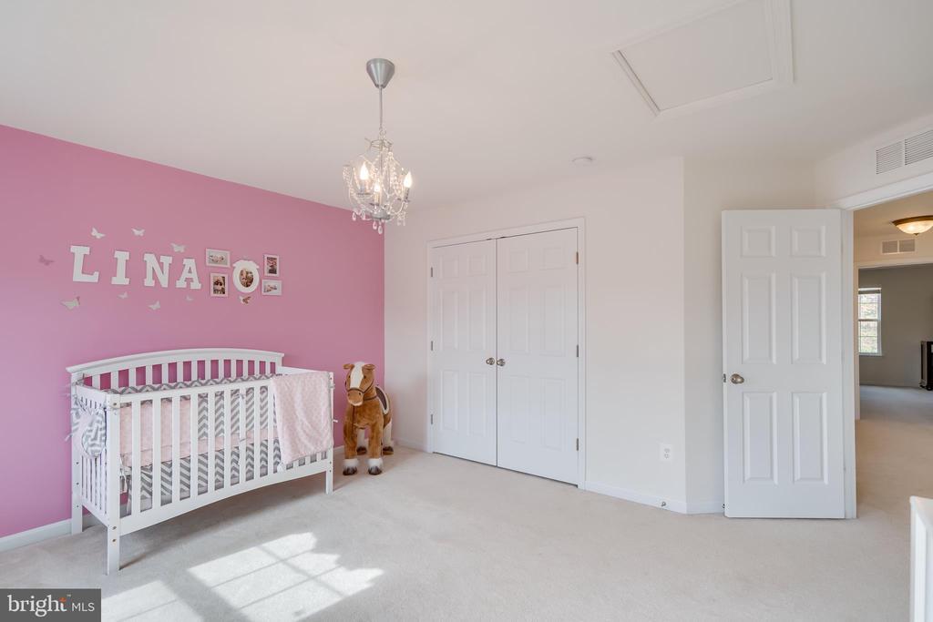 Large Bedroom 2 - 3499 EAGLE RIDGE DR, WOODBRIDGE
