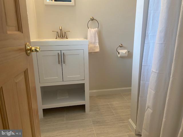 Updated Master Bath - 102 RAMSAY RD, LOCUST GROVE