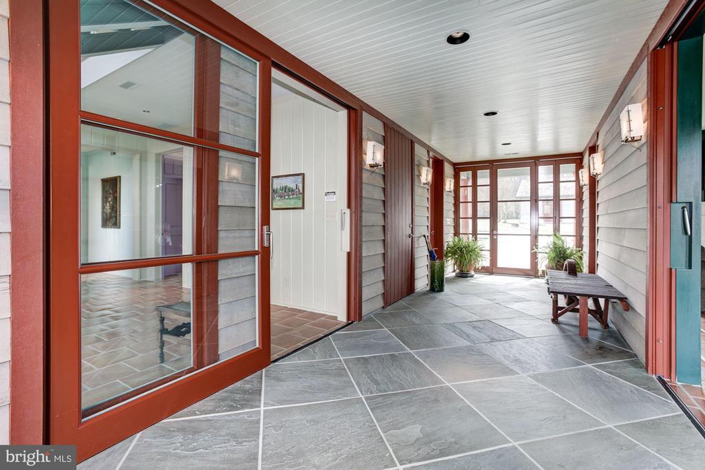 entrance foyer - 1634 HOLLY BEACH FARM RD, ANNAPOLIS