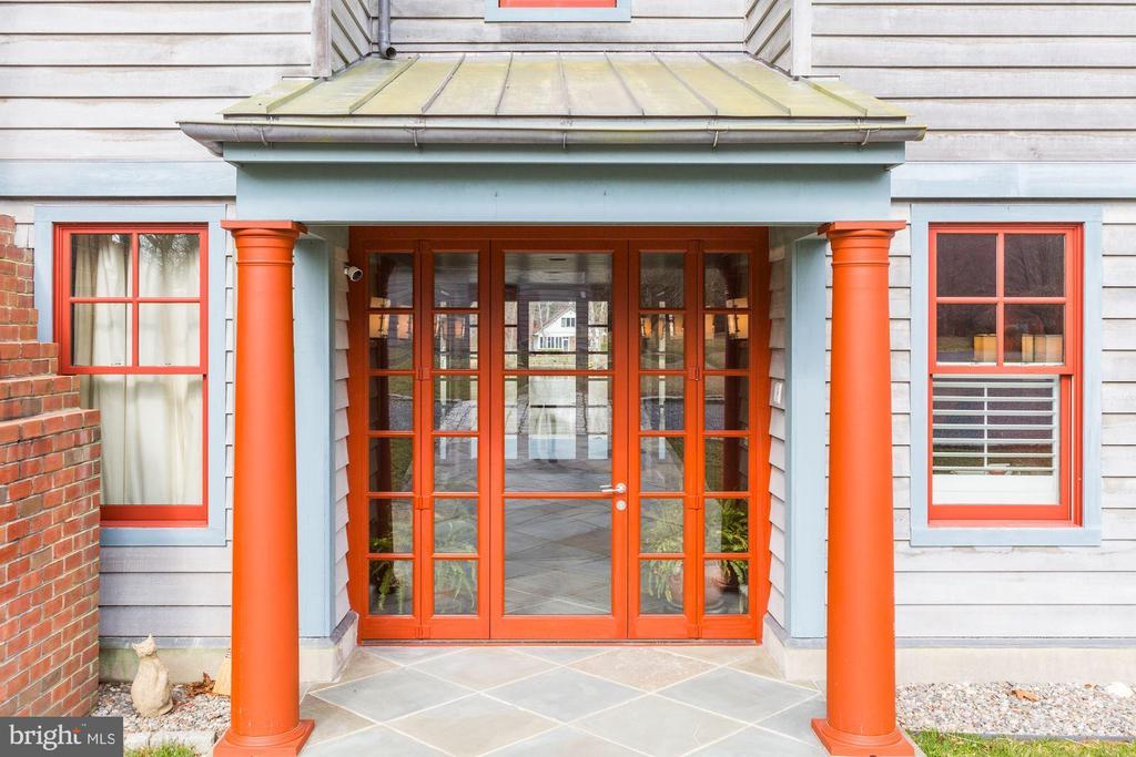 front entrance - 1634 HOLLY BEACH FARM RD, ANNAPOLIS