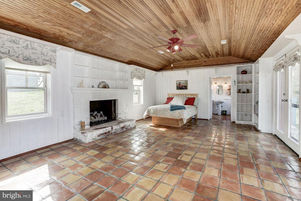 - 1634 HOLLY BEACH FARM RD, ANNAPOLIS