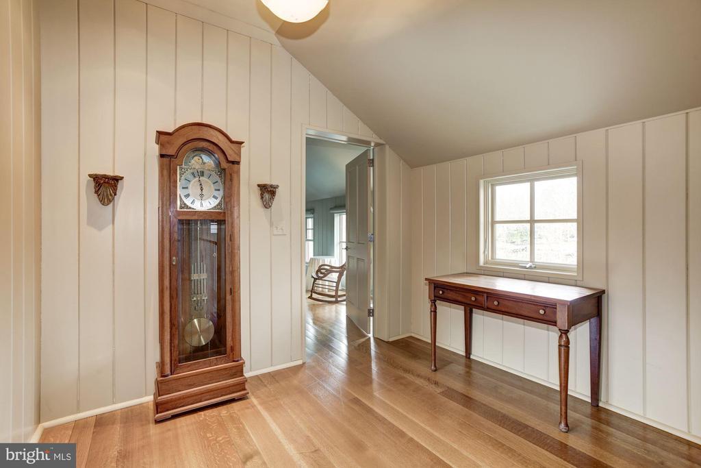 hall to bedroom - 1634 HOLLY BEACH FARM RD, ANNAPOLIS