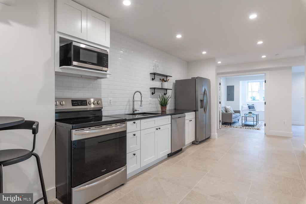 Basement kitchen - 46 R ST NW, WASHINGTON