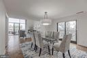Dining room w/ private balcony - 1401 N OAK ST #302, ARLINGTON