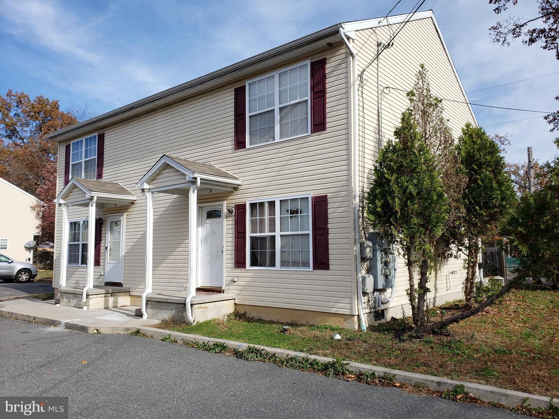 Duplex Homes vì Bán tại Glassboro, New Jersey 08028 Hoa Kỳ