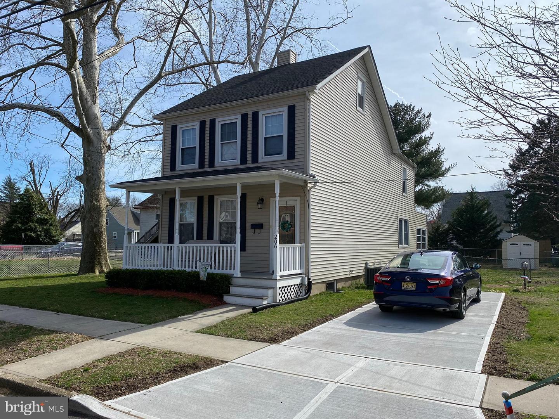 Single Family Homes vì Bán tại Florence, New Jersey 08518 Hoa Kỳ