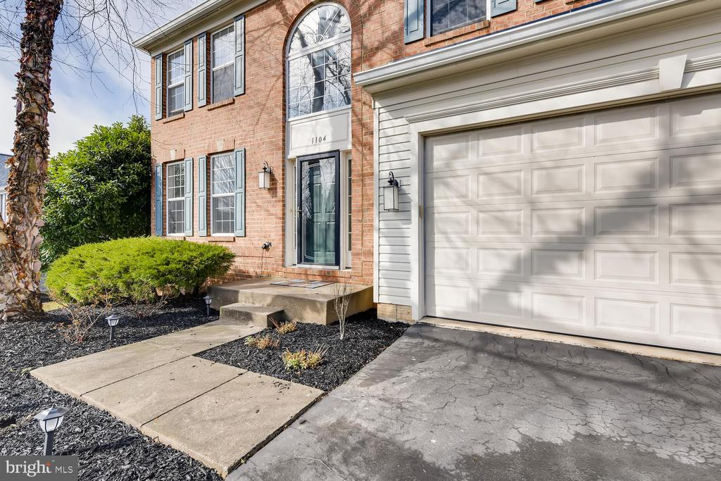 Step Inside Your Home - 1104 PARK RIDGE DR, MOUNT AIRY