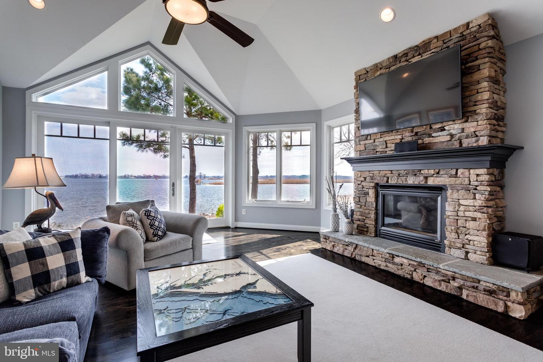 Single Family Homes для того Продажа на Grasonville, Мэриленд 21638 Соединенные Штаты