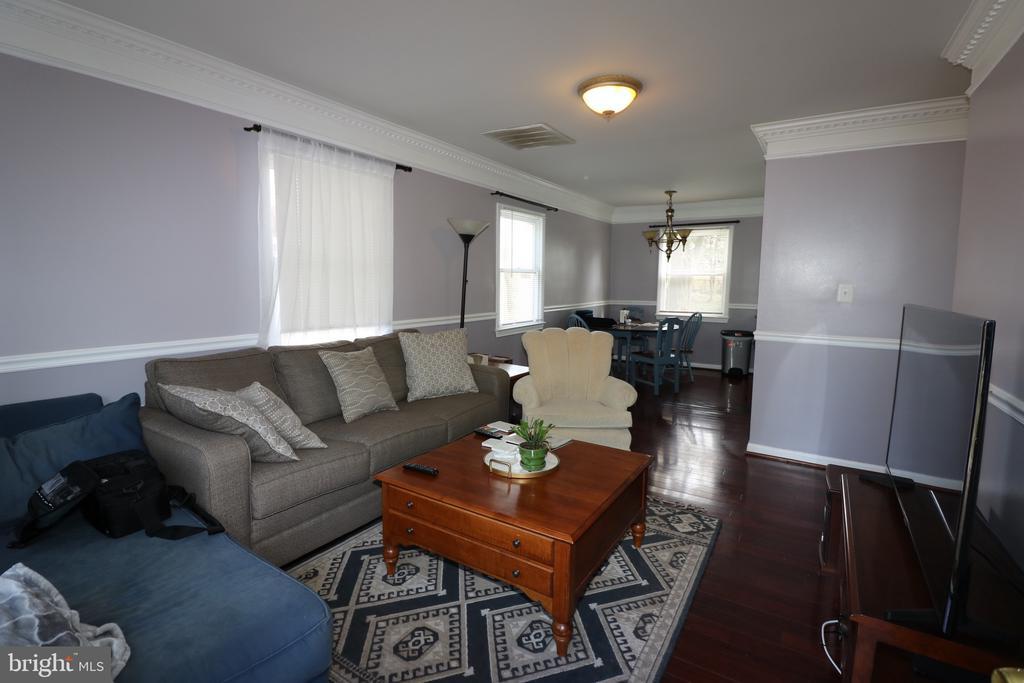Living Room - 7525 MAGARITY RD, FALLS CHURCH