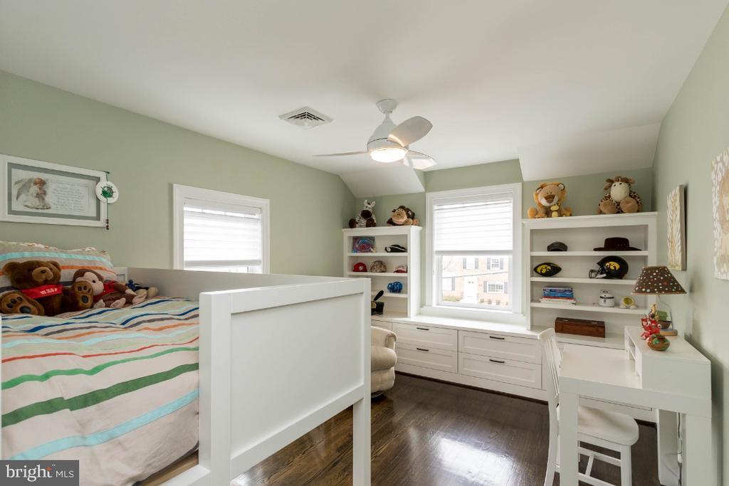 Bedroom 2 upper level - 6308 26TH ST N, ARLINGTON