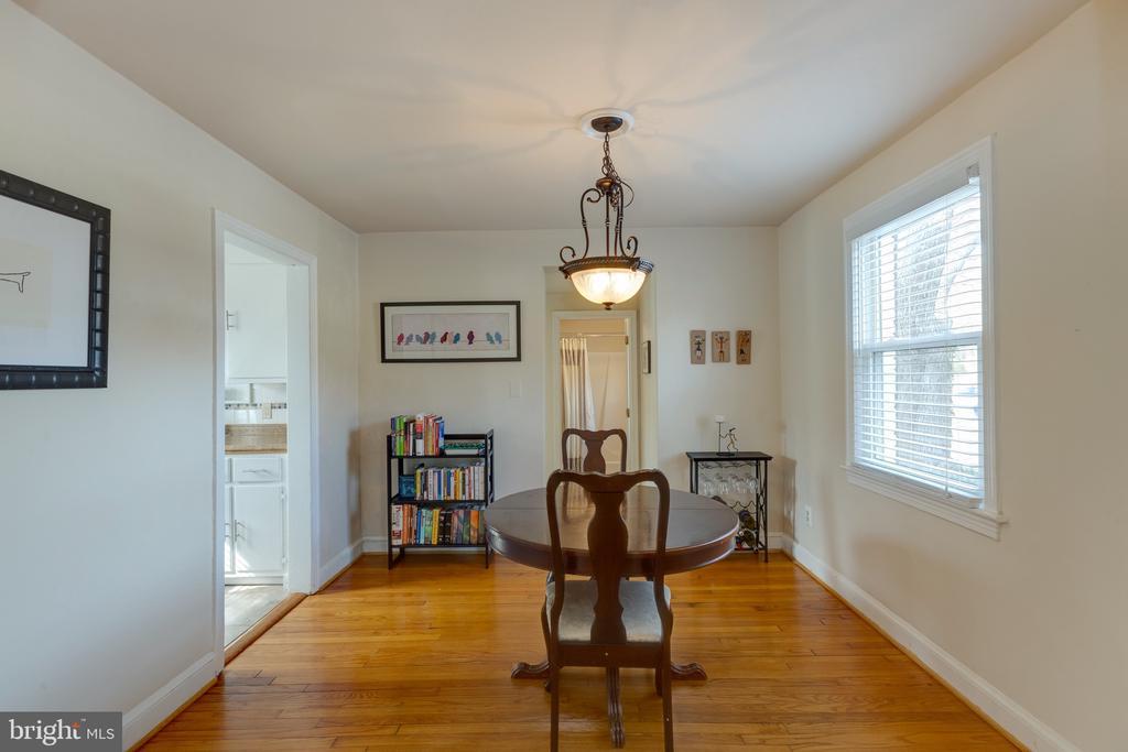 Separate dining room - 3704 ARLINGTON BLVD, ARLINGTON
