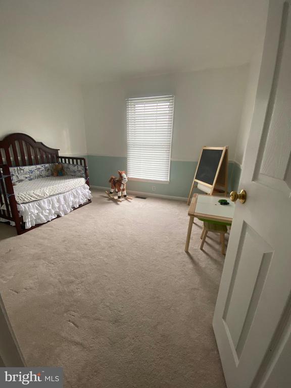Bedroom 4 - 10 WHITTINGHAM CIR, STERLING