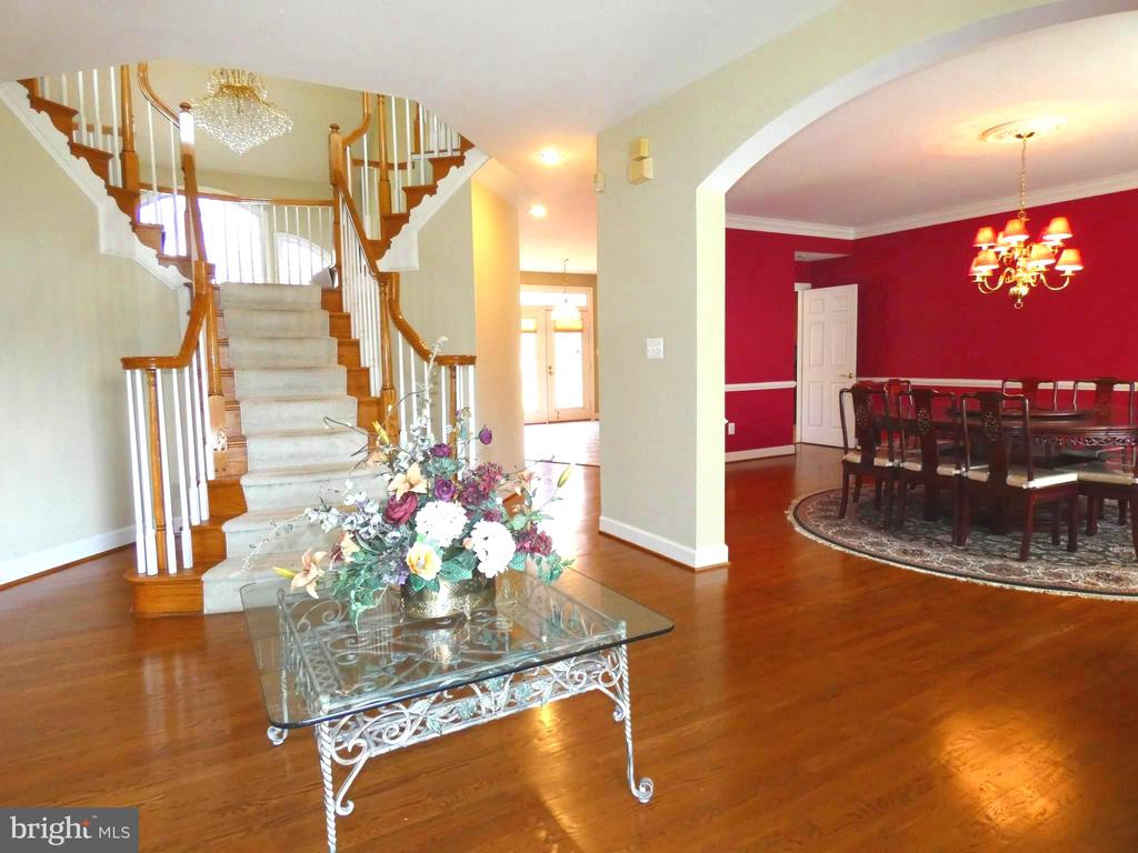 Right of Foyer Dining Room - 6431 LAKE MEADOW DR, BURKE