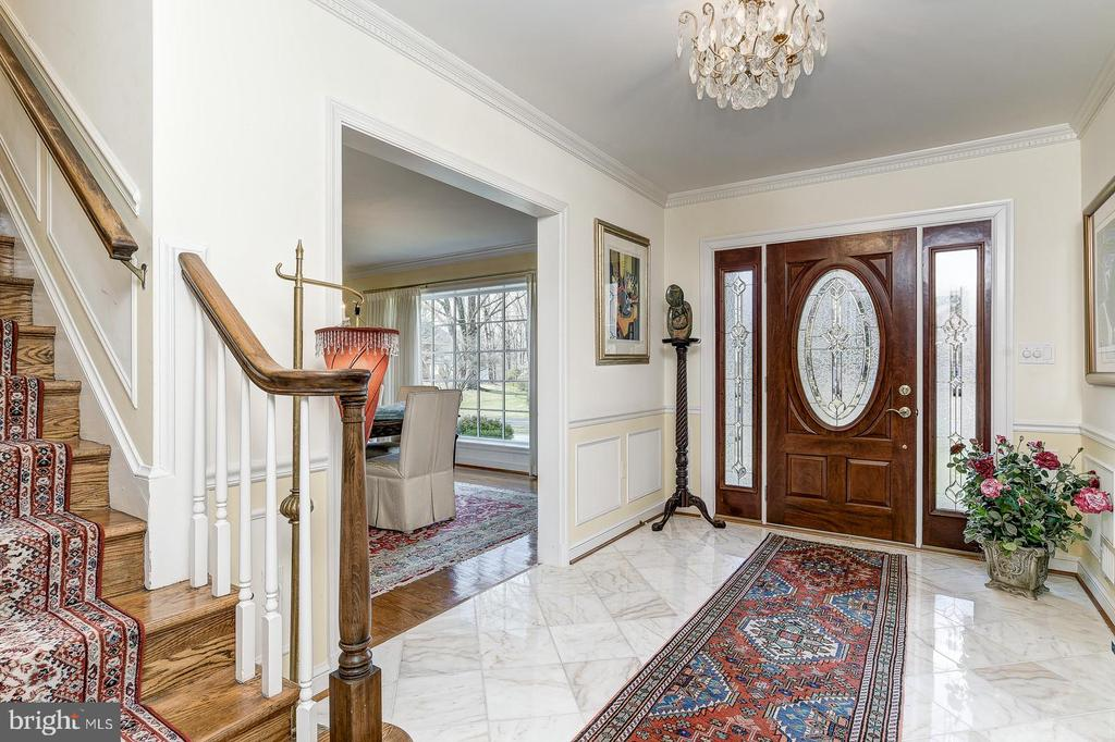 Marbled entryway - 7608 ARROWOOD RD, BETHESDA