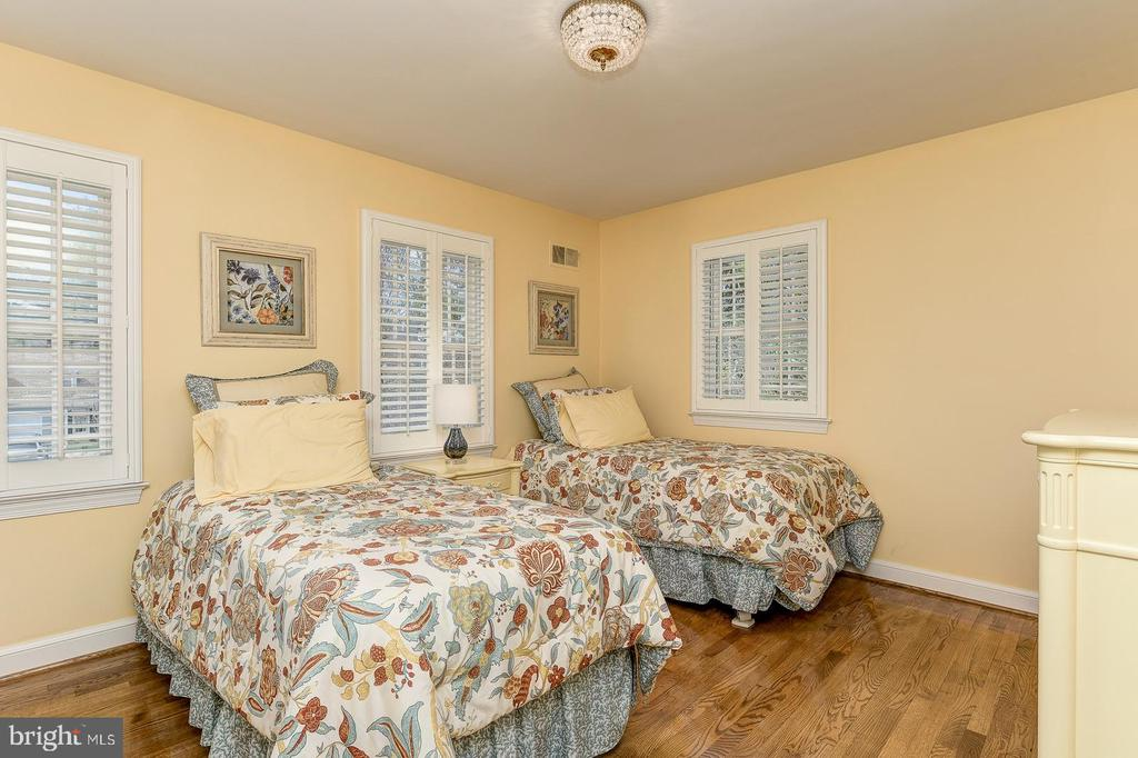 Third bedroom - 7608 ARROWOOD RD, BETHESDA