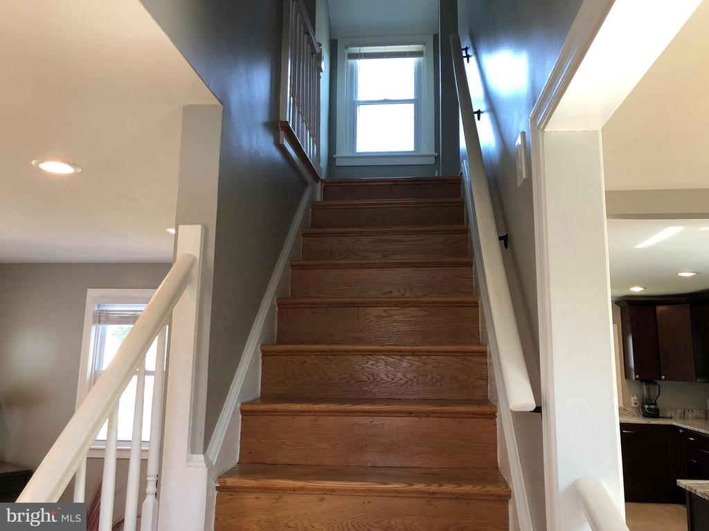 HARDWOOD STAIRWAY TO UPPER LEVEL - 2809 63RD AVE, CHEVERLY