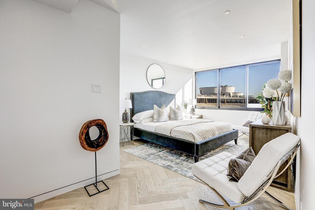 Dreamy Master Bedroom - 700 NEW HAMPSHIRE AVE NW #1501, WASHINGTON