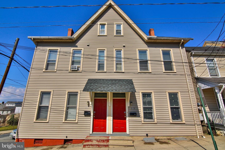 Duplex Homes voor Verkoop op Bethlehem, Pennsylvania 18015 Verenigde Staten