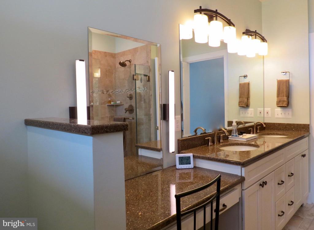 Master Bath vanity; bath has heated floor - 335 FODDERSTACK RD, WASHINGTON