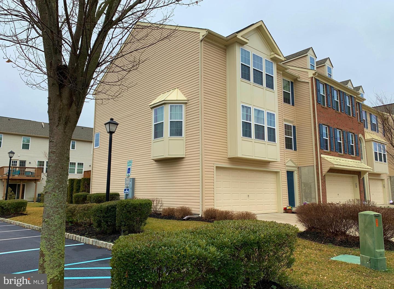 Single Family Homes per Vendita alle ore Cinnaminson, New Jersey 08077 Stati Uniti