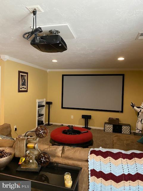 Projector and Screen Convey! - 15201 HUMBOLT BAY CT, GAINESVILLE