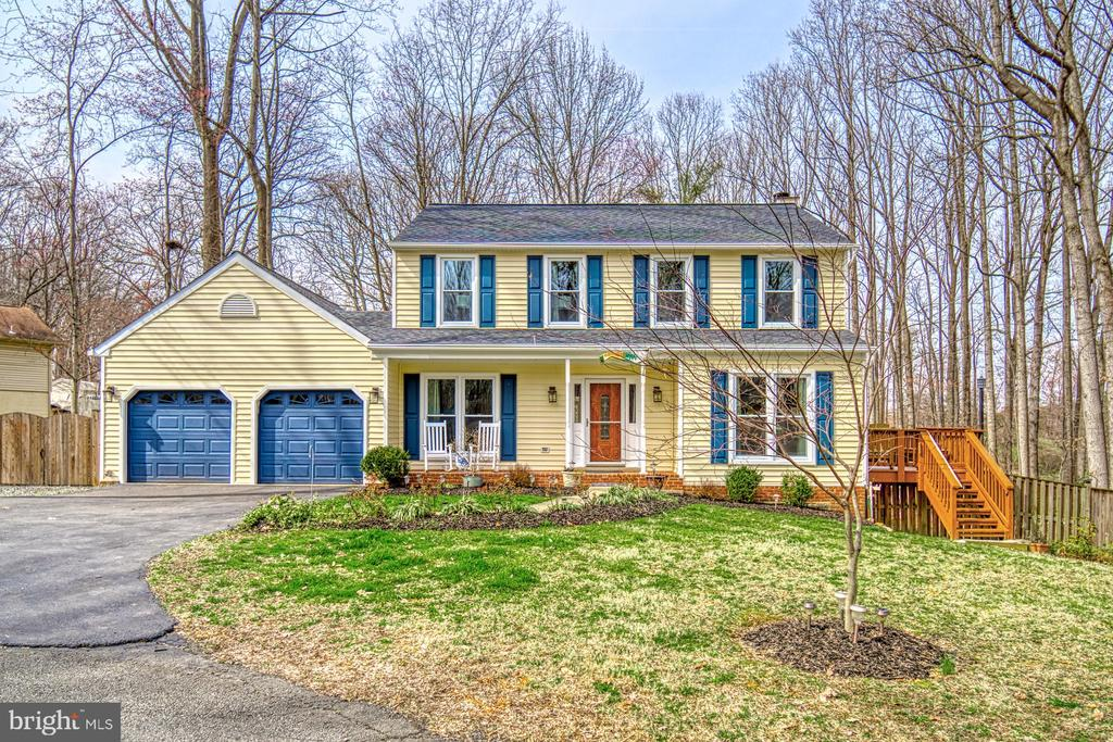 Welcome to 12224 Pine~Park Ct. - 12224 PINE PARK CT, FAIRFAX