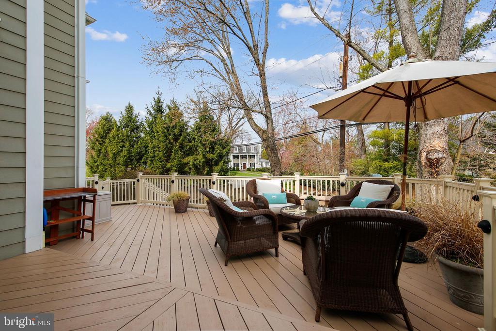 Backyard Deck - 7731 OLDCHESTER RD, BETHESDA