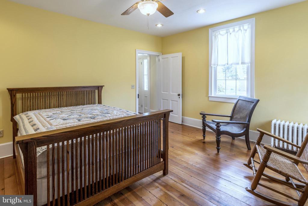 First Floor master - 3374 TWYMANS MILL RD, ORANGE