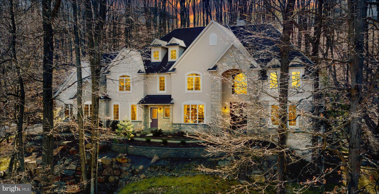 Single Family Homes para Venda às Center Valley, Pensilvânia 18034 Estados Unidos