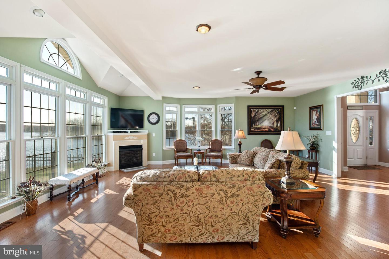 Additional photo for property listing at  Paulsboro, Nueva Jersey 08066 Estados Unidos